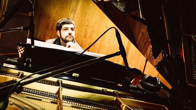 Andre-Mehmari-2-JDG