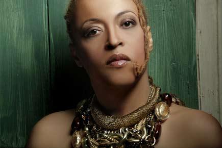 Vocalastics-Cassandra-Wilson-byWill-Sterling-JDG
