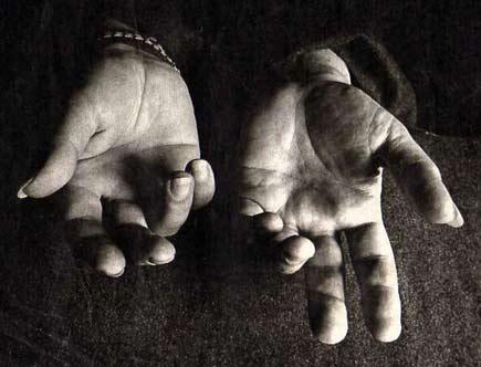 Paco-De-Lucia-Hands-JDG