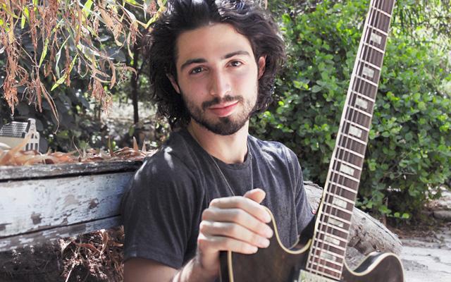 Shachar Elnatan: One World