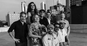 Samoa Wilson with the Bob Kweskin Band: I Just Want to be Horizontal